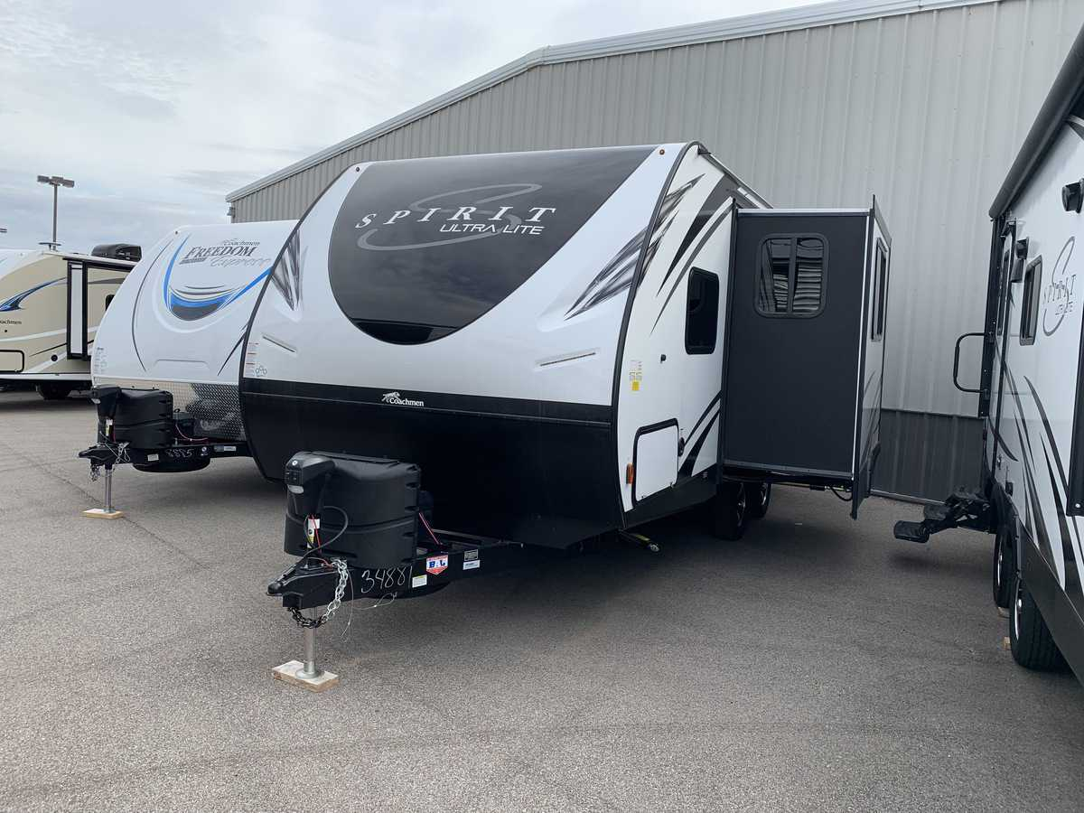 NEW 2019 Coachmen SPIRIT 1943RB - American RV