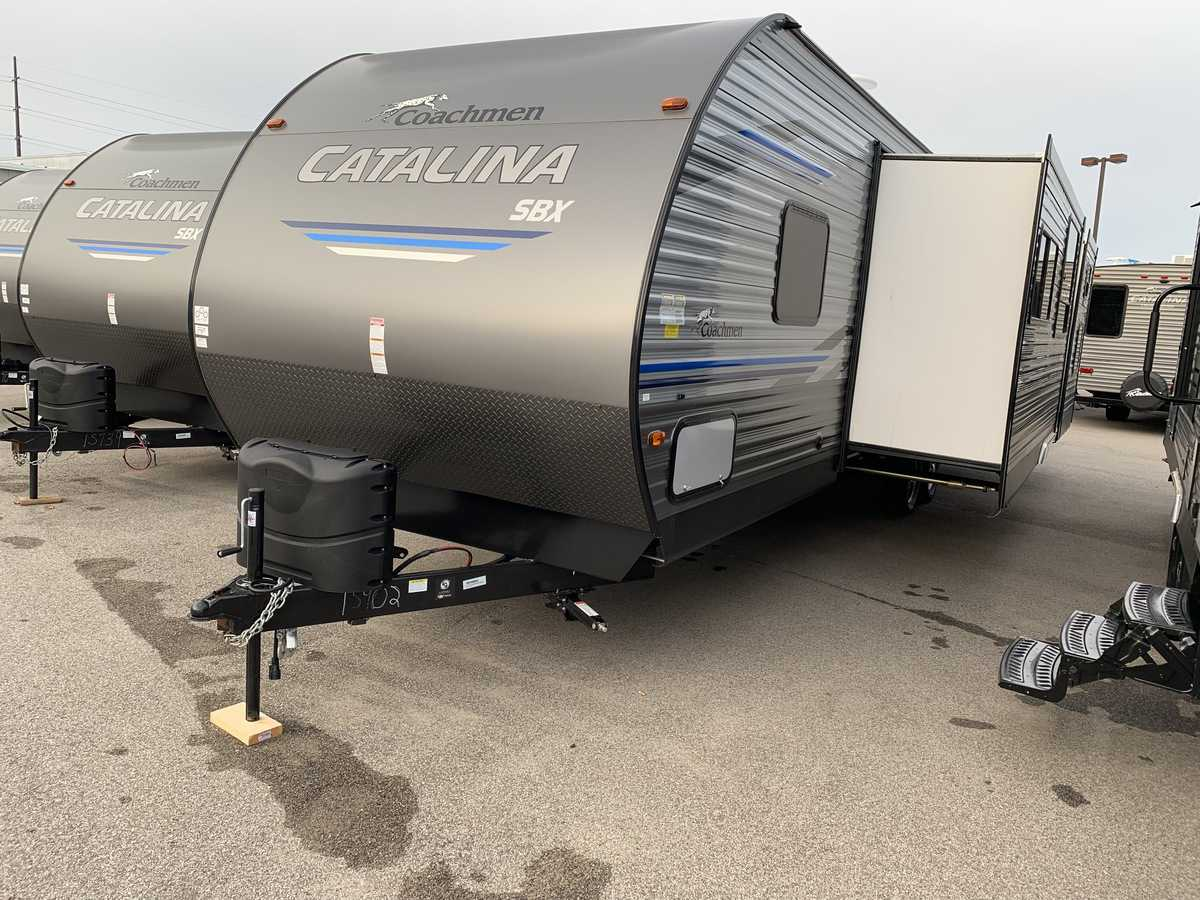 NEW 2019 Coachmen CATALINA SBX 321BHDS - American RV