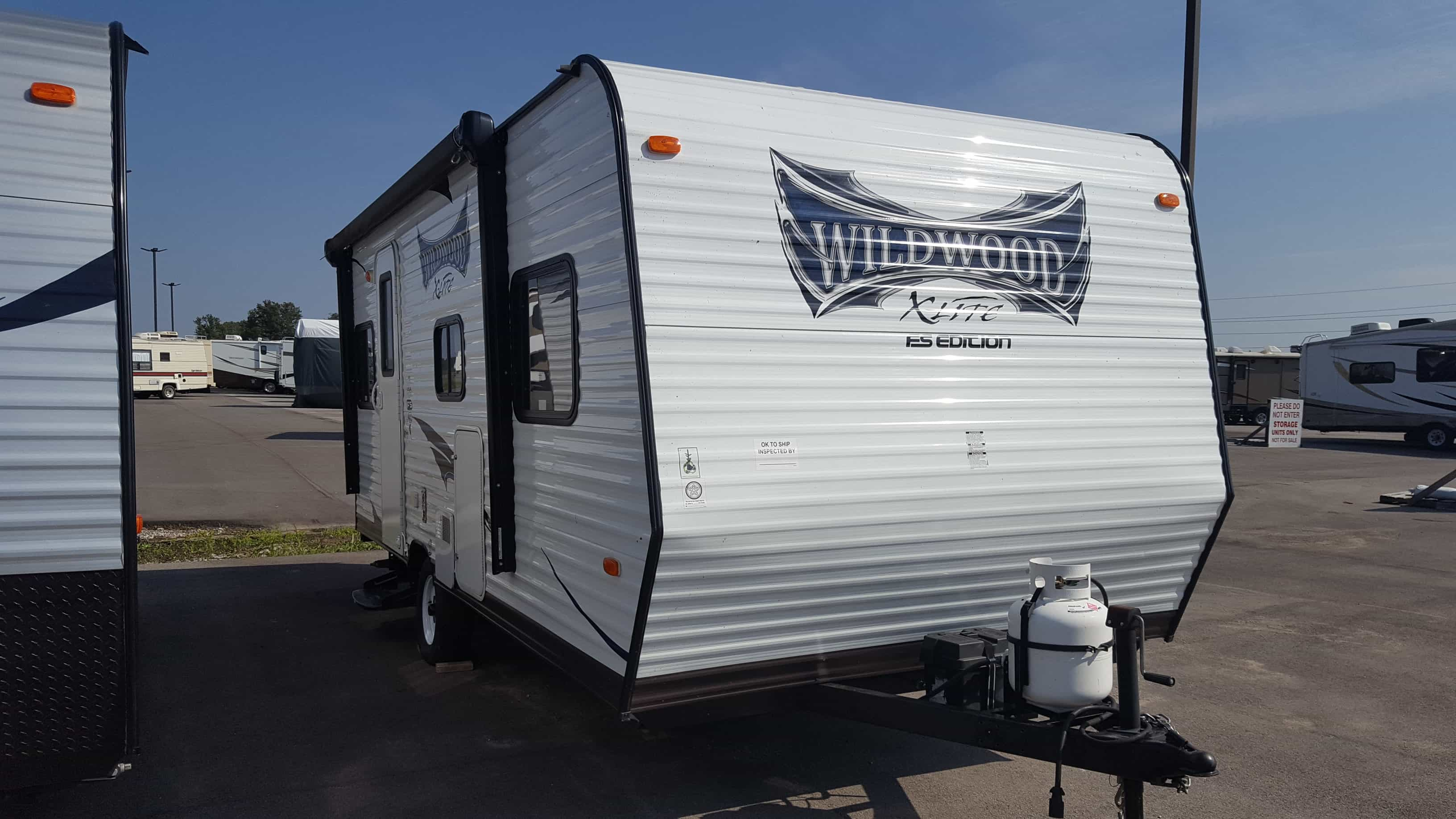 USED 2015 Forest River WILDWOOD XLITE 205RD - American RV