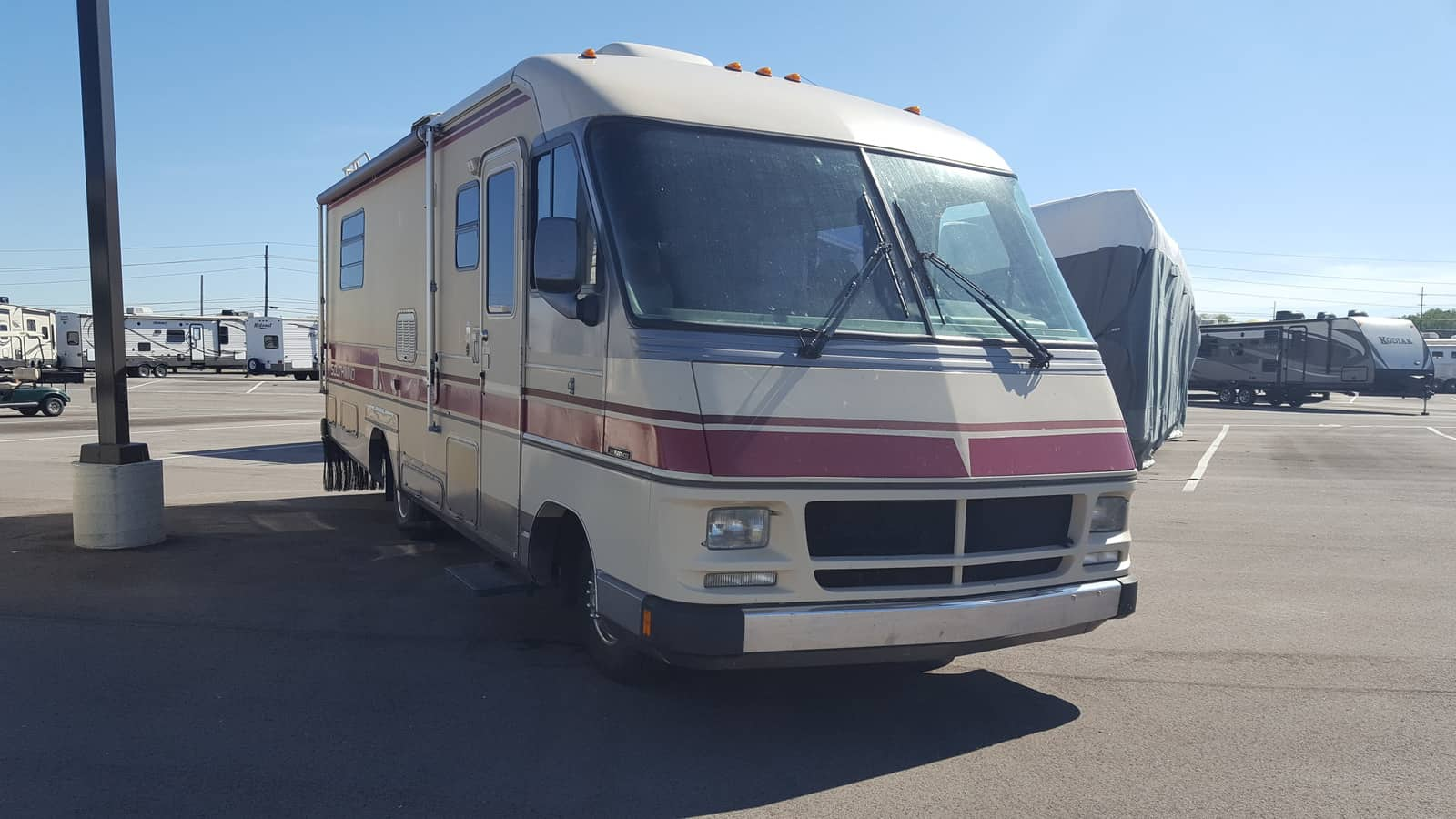 USED 1988 Fleetwood SOUTHWIND 27Y - American RV