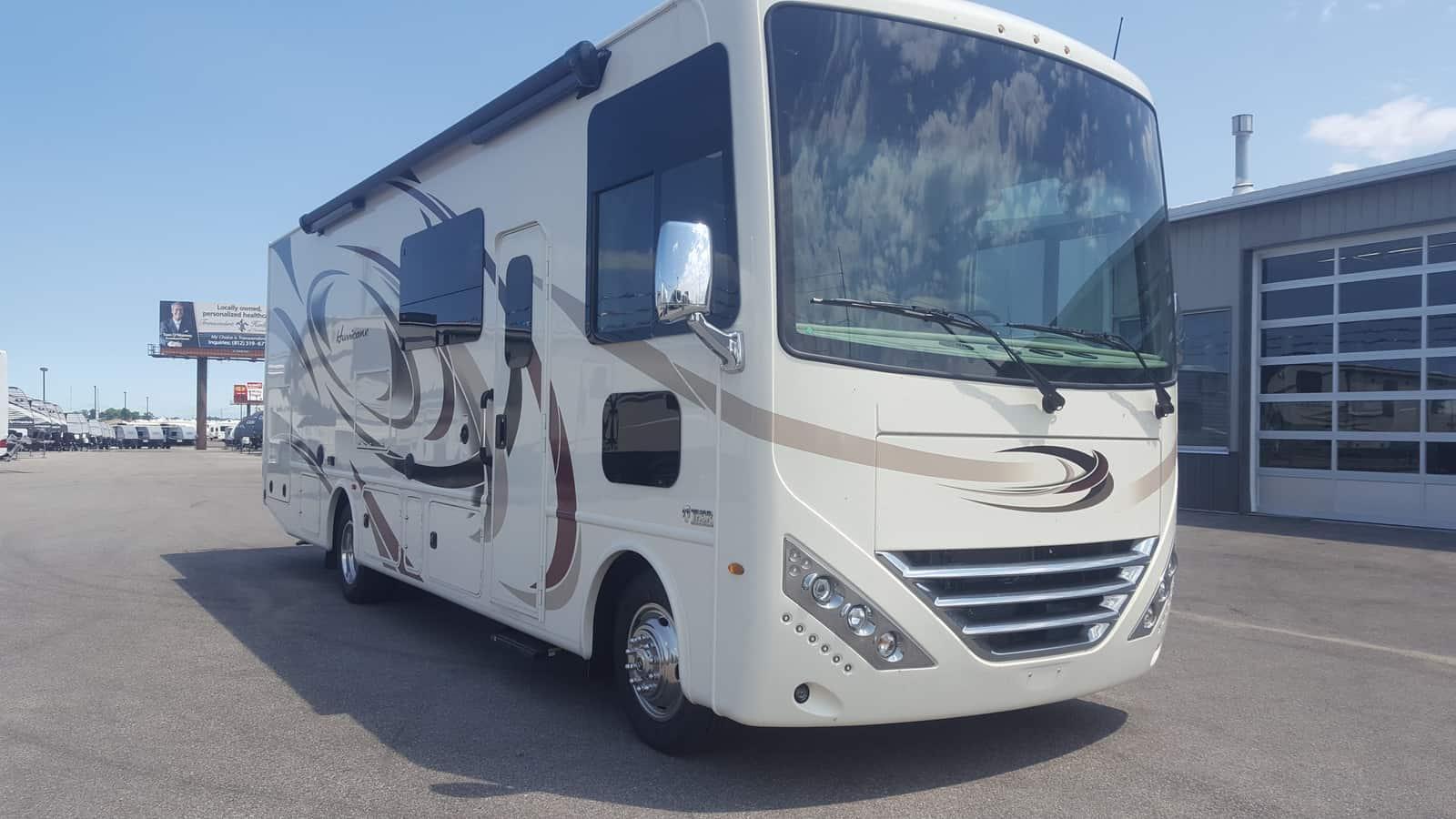 NEW 2018 Thor Motor Coach HURRICANE 29M - American RV