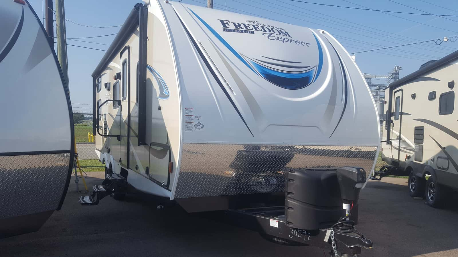 NEW 2018 Coachmen FREEDOM EXPRESS 257BHS - American RV