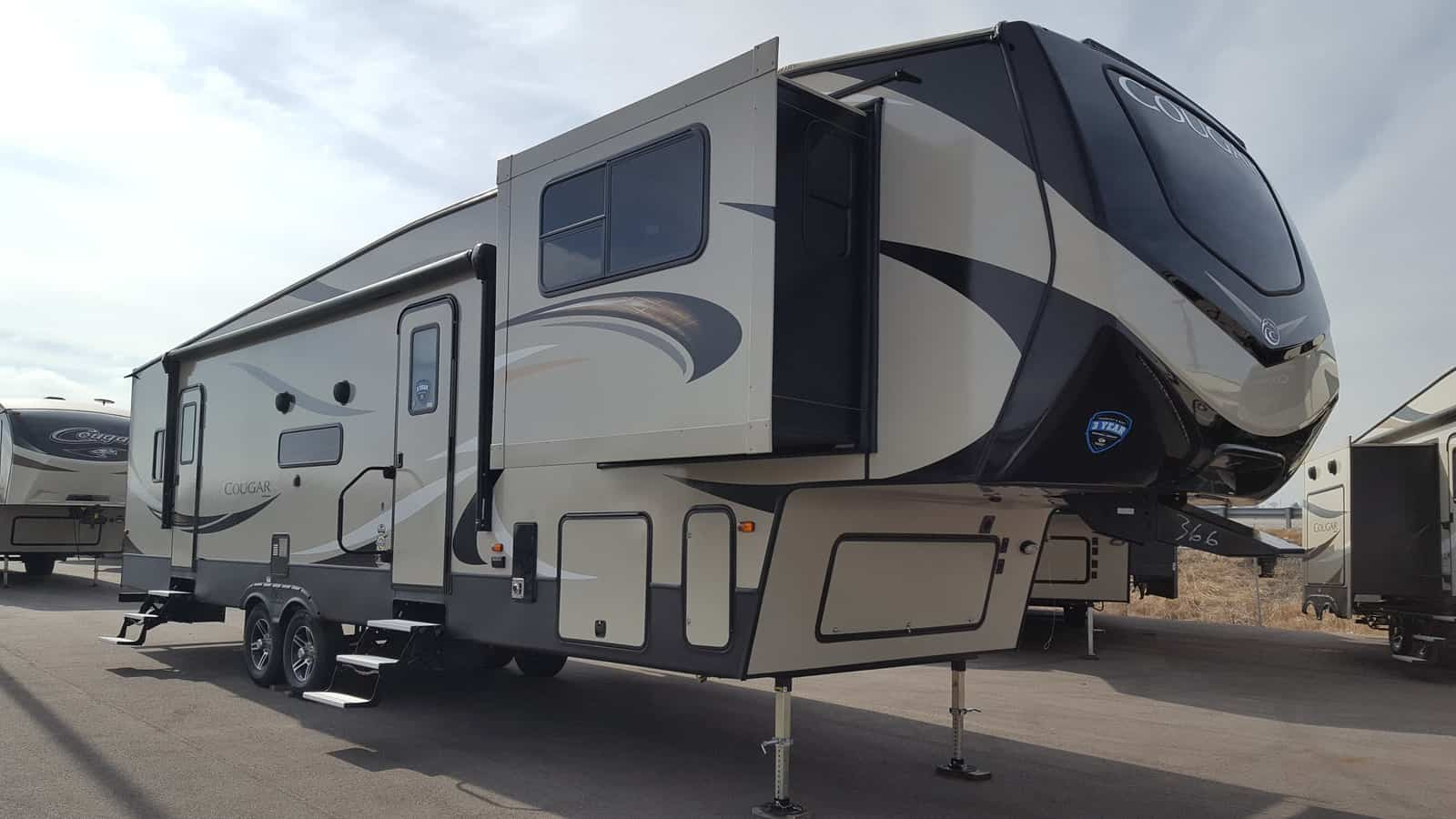 NEW 2018 Keystone COUGAR 367FLS - American RV