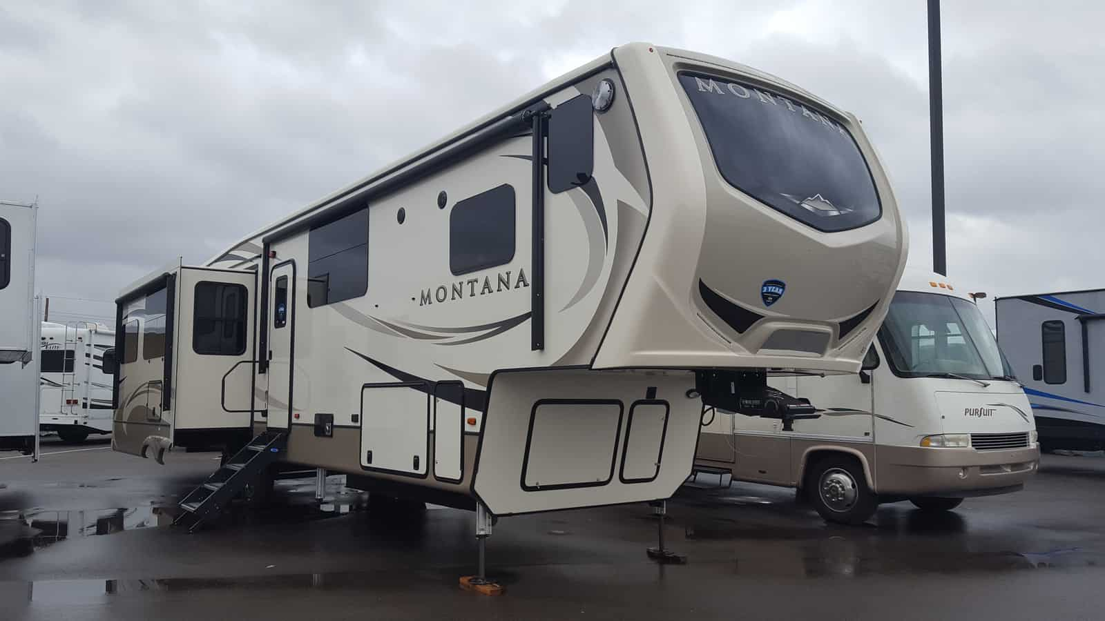 NEW 2018 Keystone MONTANA 3810MS - American RV