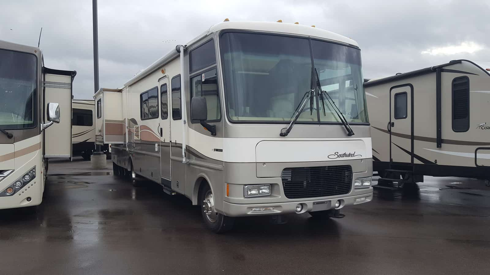 USED 1999 Fleetwood SOUTHWIND 36Z - American RV