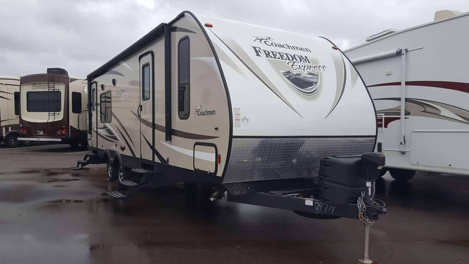 USED 2017 Coachmen FREEDOM EXPRESS 276RKDS - American RV