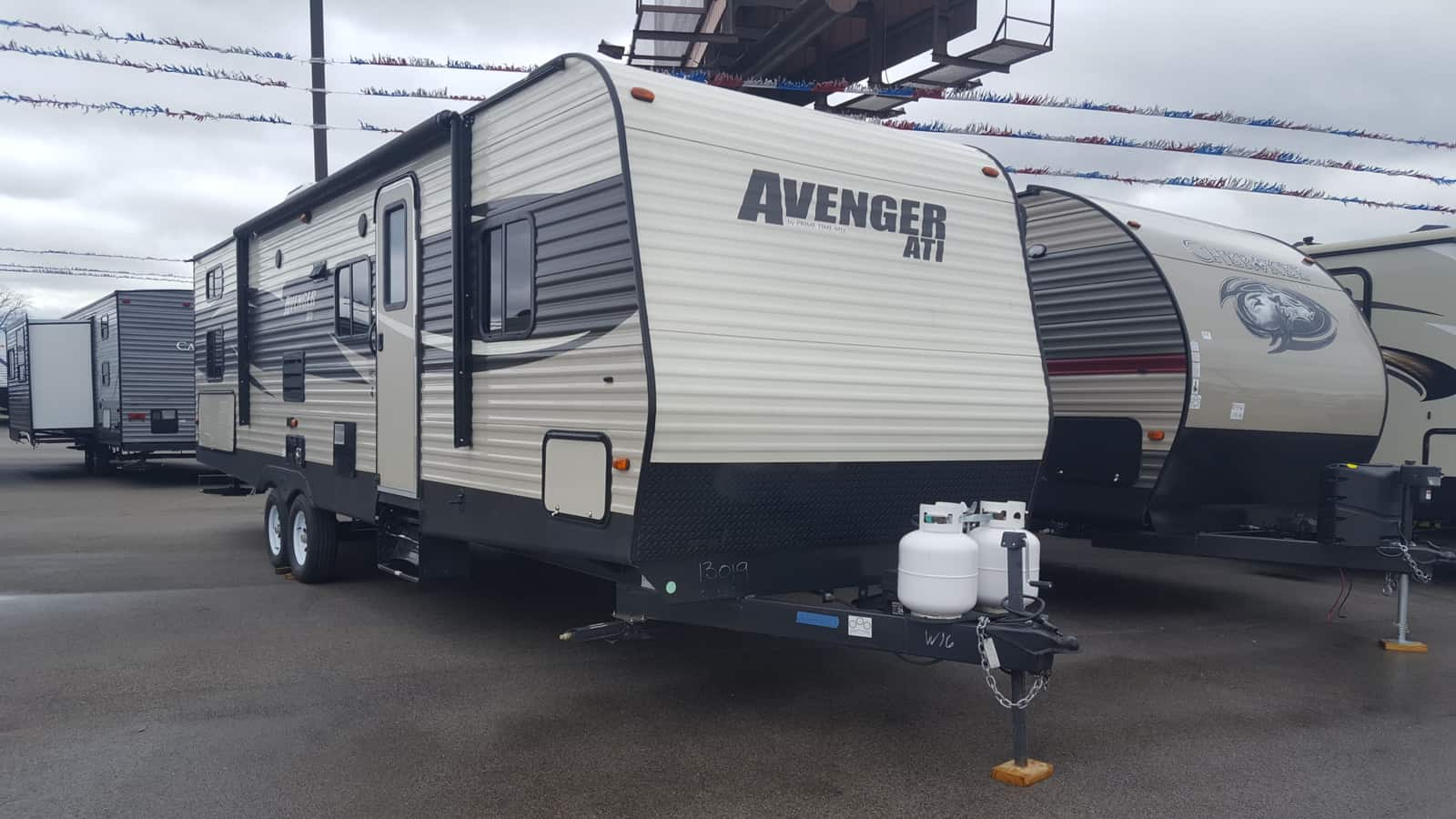 USED 2017 Prime Time AVENGER ATI 27DBS - American RV