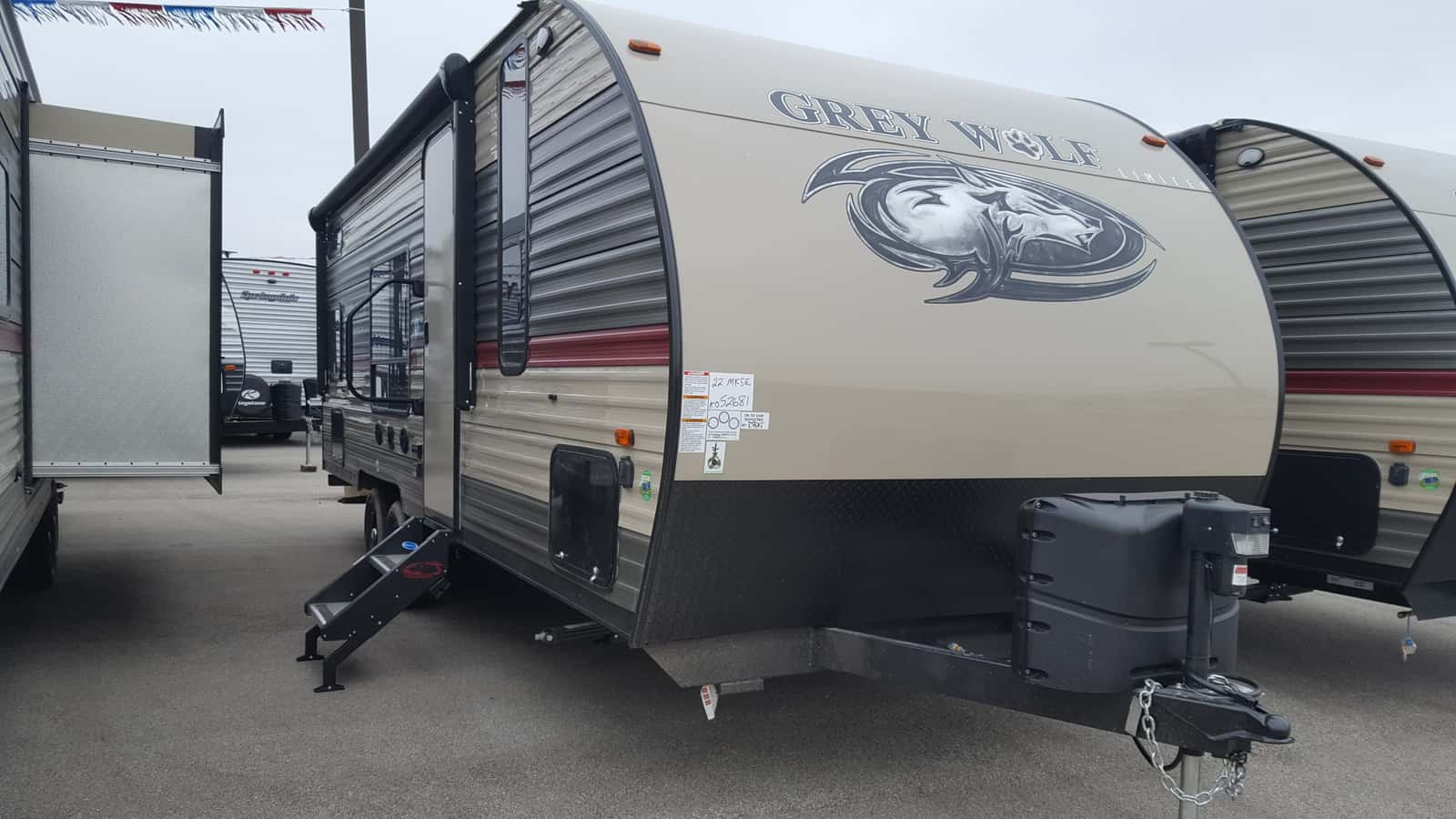 NEW 2018 Forest River CHEROKEE GREY WOLF 22MKSE - American RV