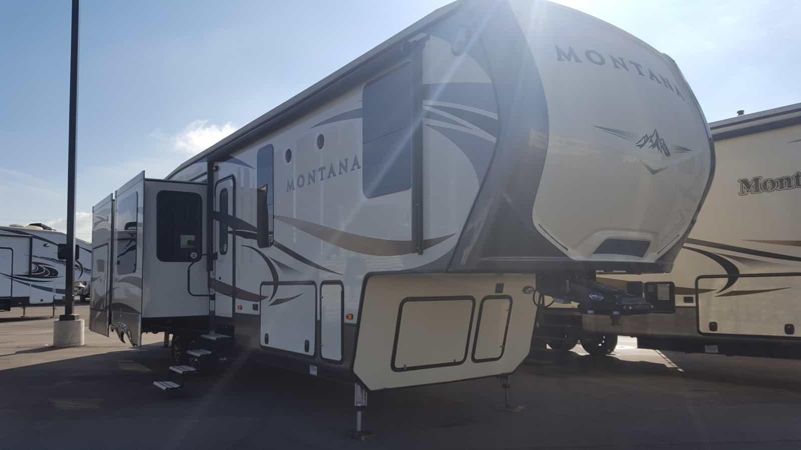USED 2016 Keystone MONTANA 3661RL - American RV