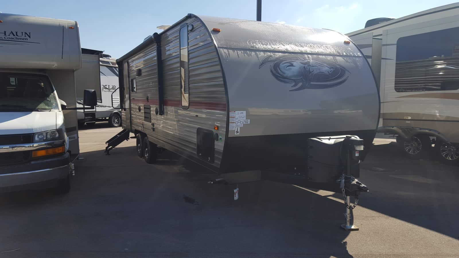NEW 2018 Forest River CHEROKEE GREY WOLF 23MK - American RV