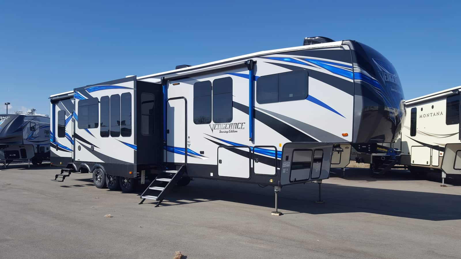 NEW 2018 Forest River VENGEANCE 381L12 - American RV