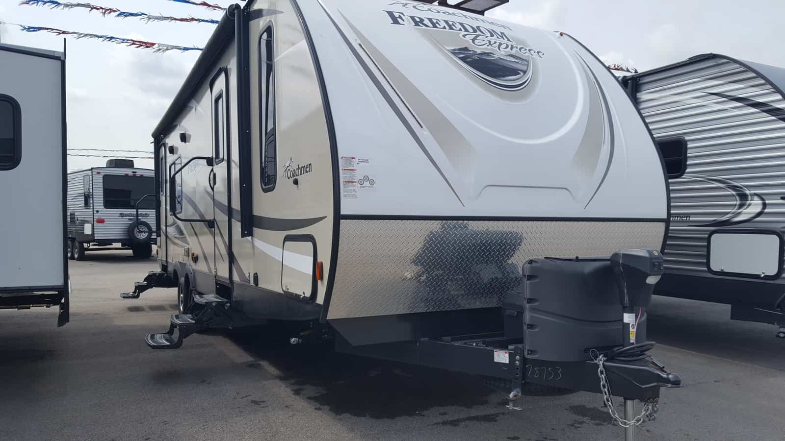 USED 2018 Coachmen FREEDOM EXPRESS 276RKDS - American RV