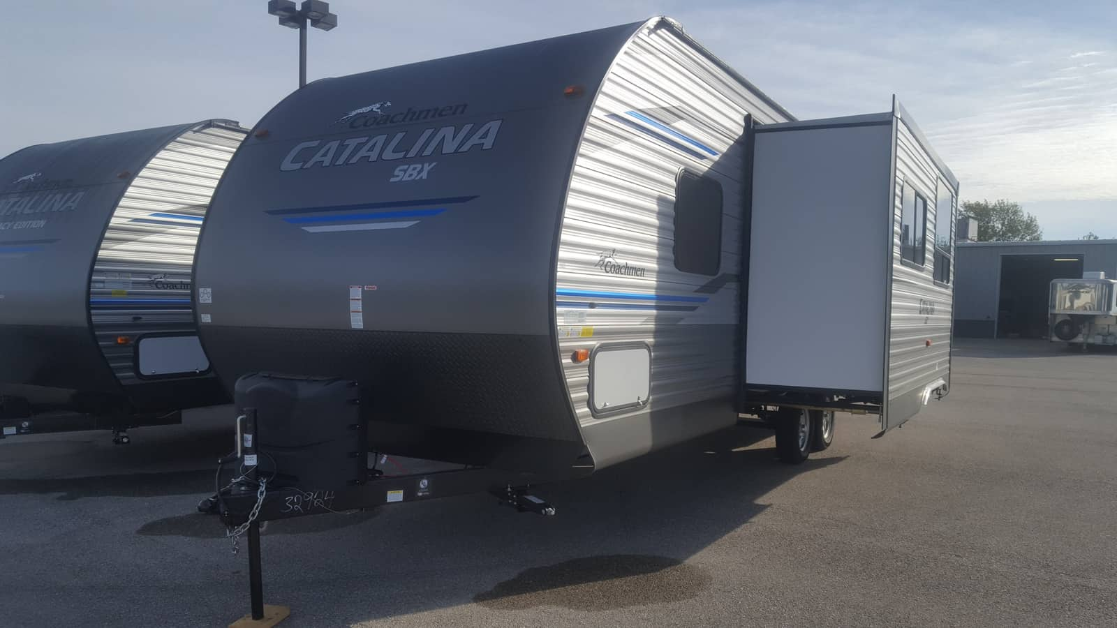 NEW 2019 Coachmen CATALINA 261BHS - American RV