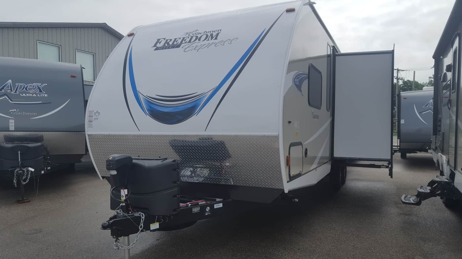 NEW 2019 Coachmen FREEDOM EXPRESS 28.7SE - American RV