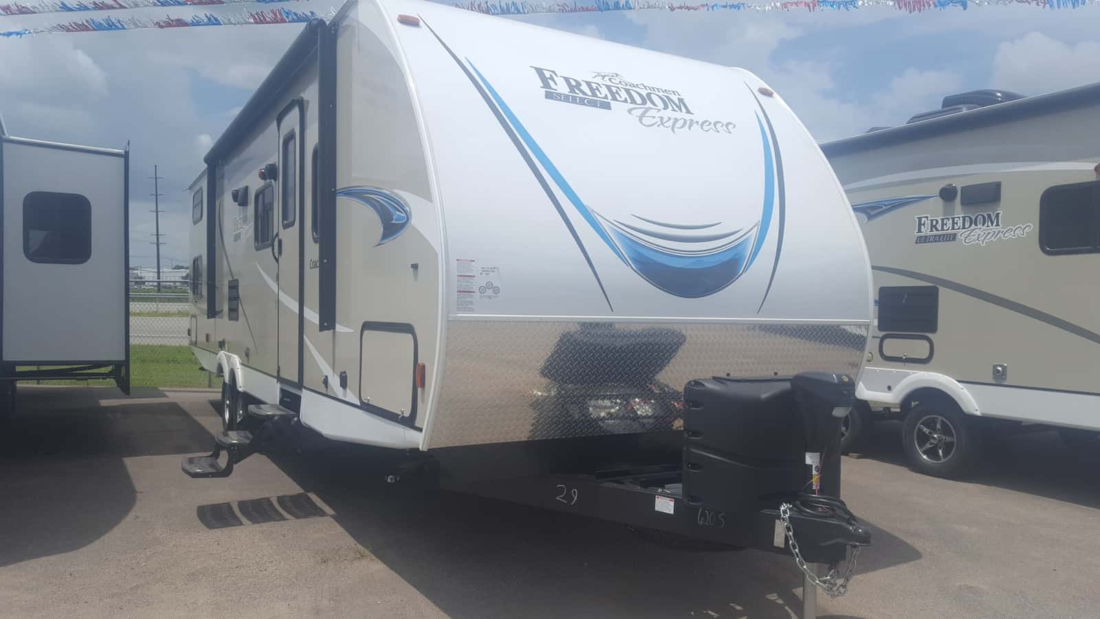 NEW 2019 Coachmen FREEDOM EXPRESS 29SE - American RV