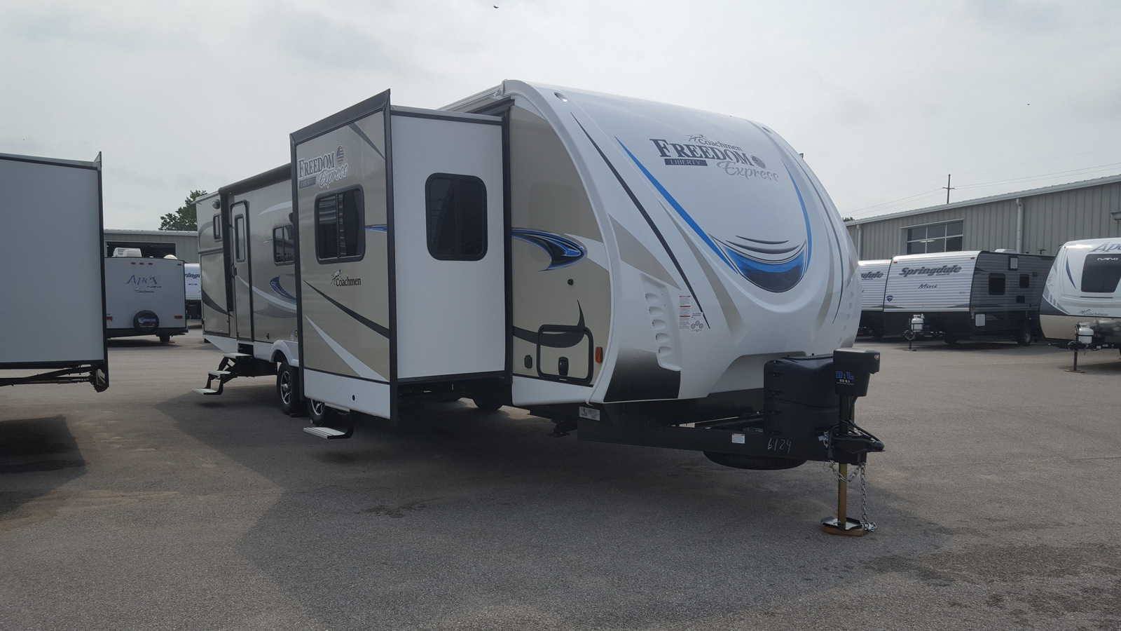 NEW 2019 Coachmen FREEDOM EXPRESS 321FEDSLE - American RV
