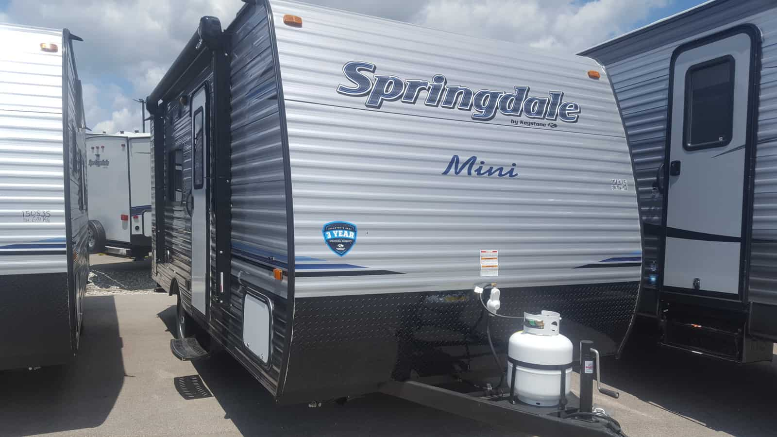 NEW 2019 Keystone SUMMERLAND MINI 1700FQ - American RV