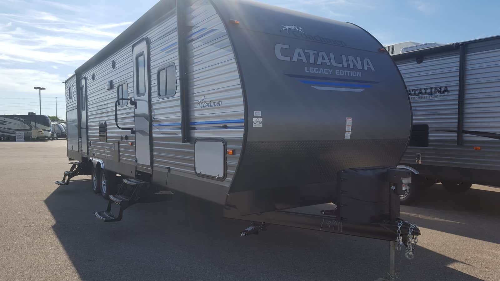 NEW 2019 Coachmen CATALINA 323BHDSCKLE - American RV