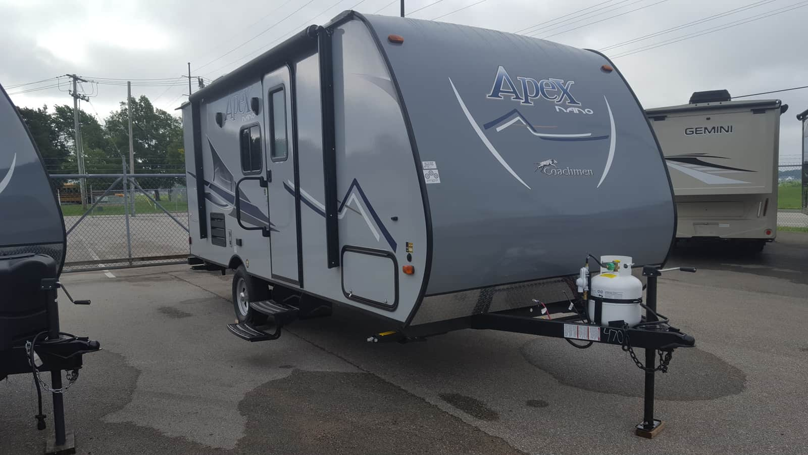 NEW 2019 Coachmen APEX NANO 191RBS - American RV