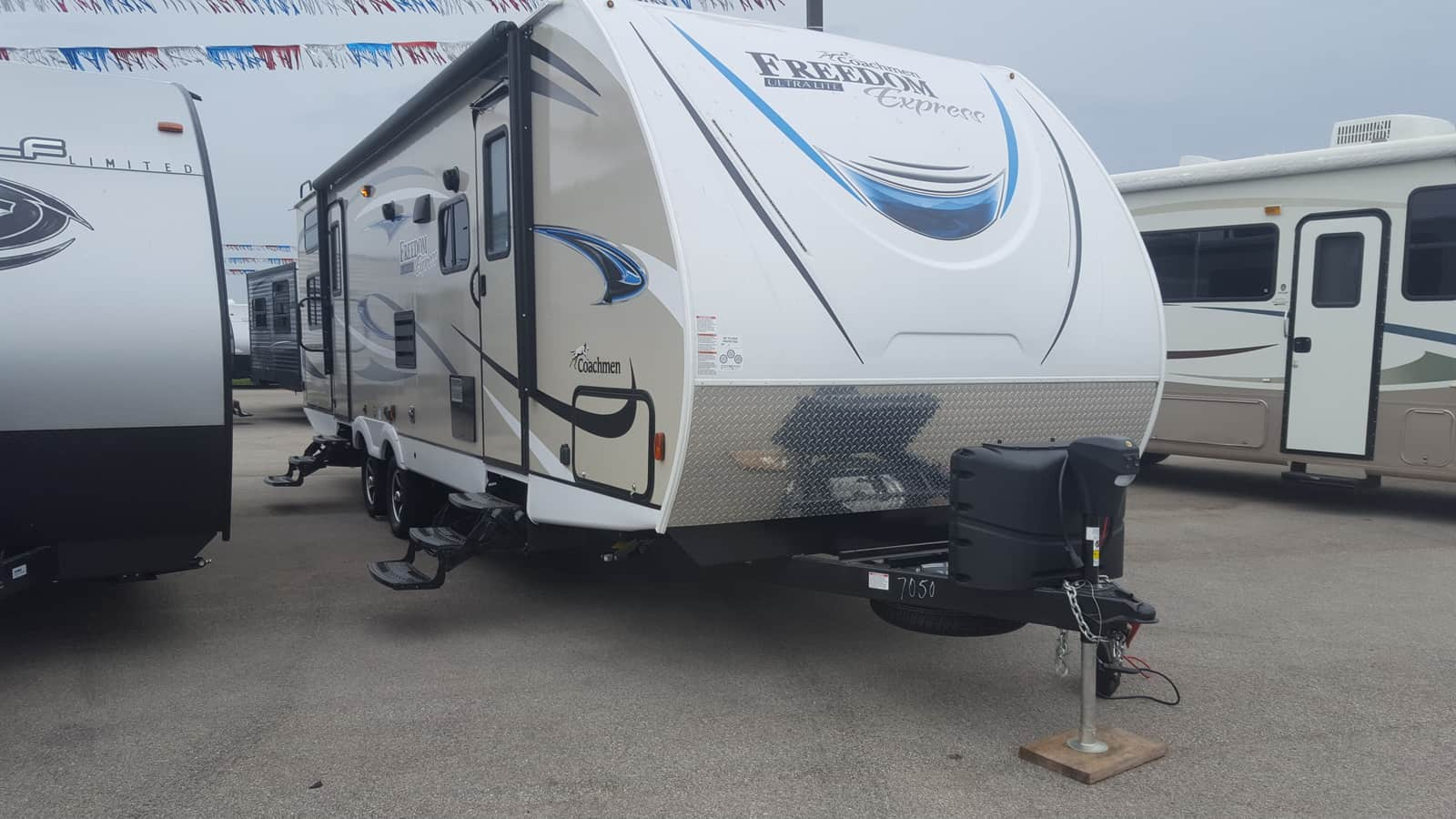 NEW 2019 Coachmen FREEDOM EXPRESS 287BHDS - American RV