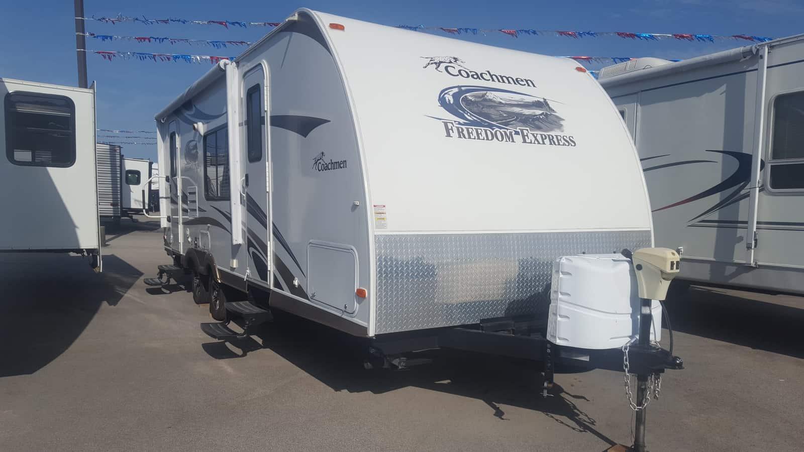 USED 2013 Coachmen FREEDOM EXPRESS 242RBS - American RV