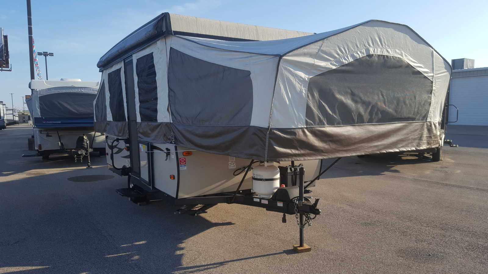 USED 2016 Forest River ROCKWOOD 2270 - American RV
