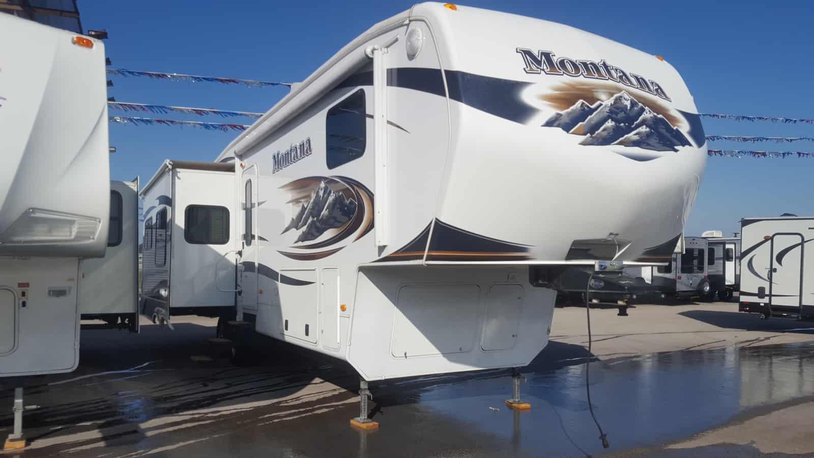 USED 2011 Keystone MONTANA 3580RL - American RV