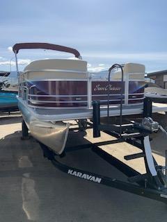 NEW 2019 Sunchaser Geneva 20 LR SB W/115HP Dual Swing Back Seats - Atlantis Marine