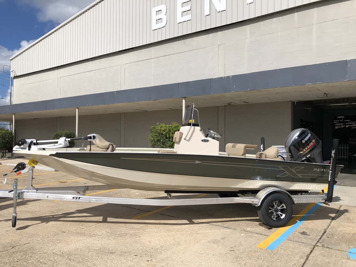 NEW 2019 Xpress HYPER-LIFT BAY H20B