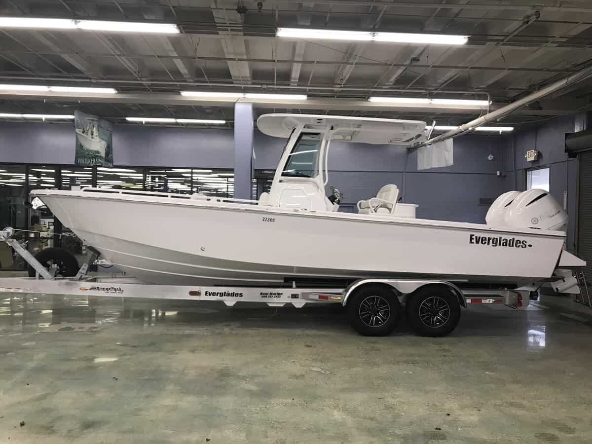 NEW 2019 Everglades CENTER CONSOLE 273CC