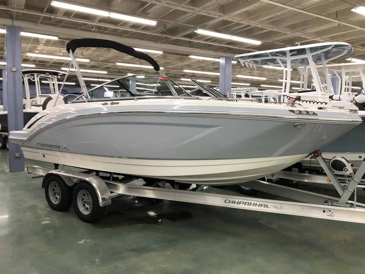 NEW 2019 Chaparral 210 Suncoast