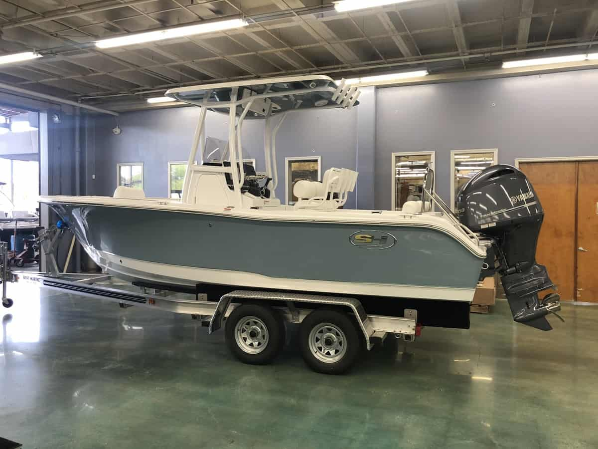 NEW 2019 Sea Hunt ULTRA 211