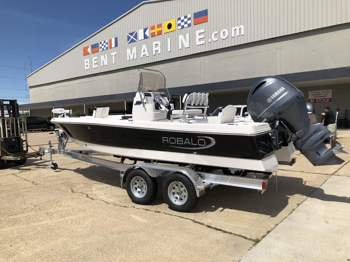 NEW 2019 Robalo R206S R206S