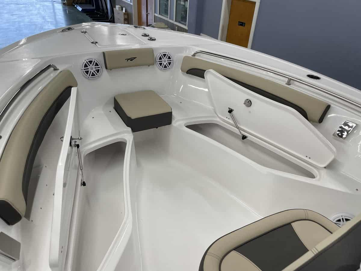 New  2022 Tidewater 232lxf Center Console Boat Engine in Metairie,