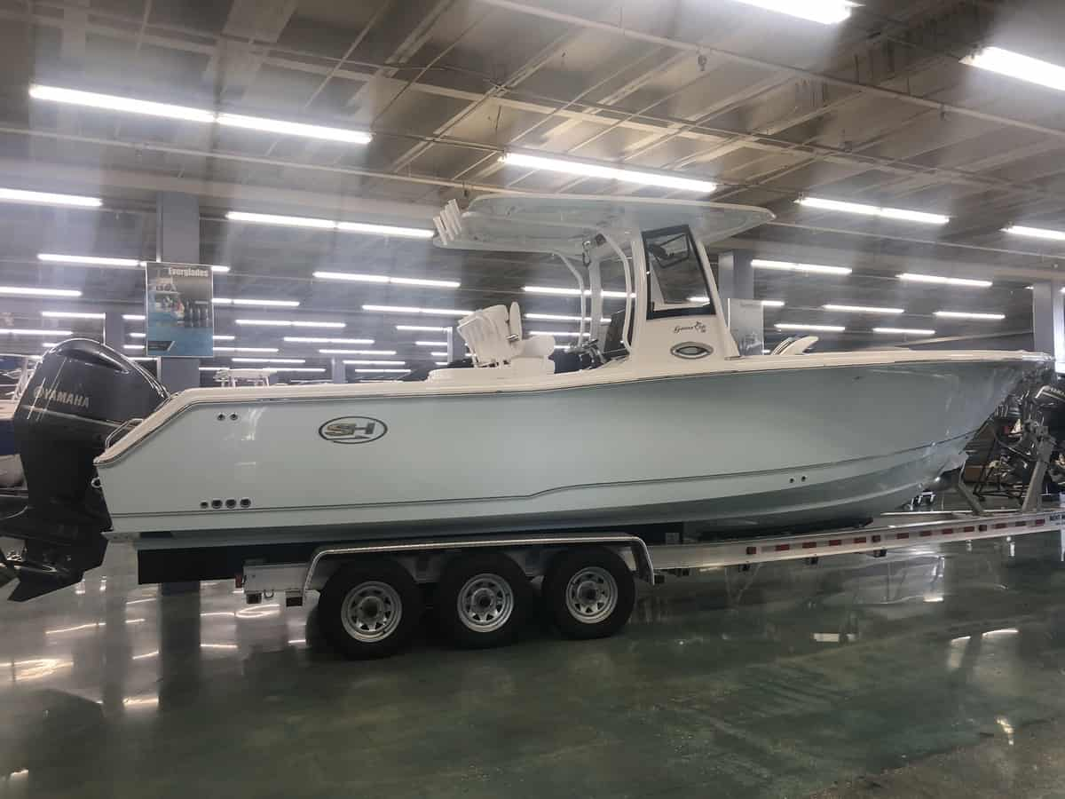 NEW 2018 Sea Hunt GAMEFISH CB 30
