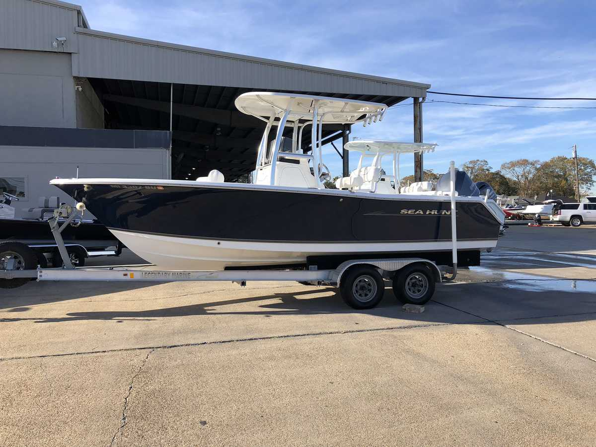 USED 2012 Sea Hunt Ultra 225