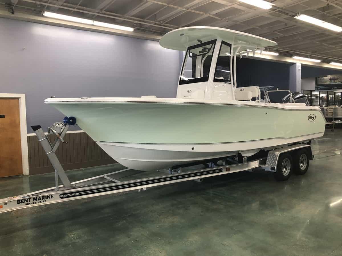 NEW 2018 Sea Hunt ULTRA 235 SE