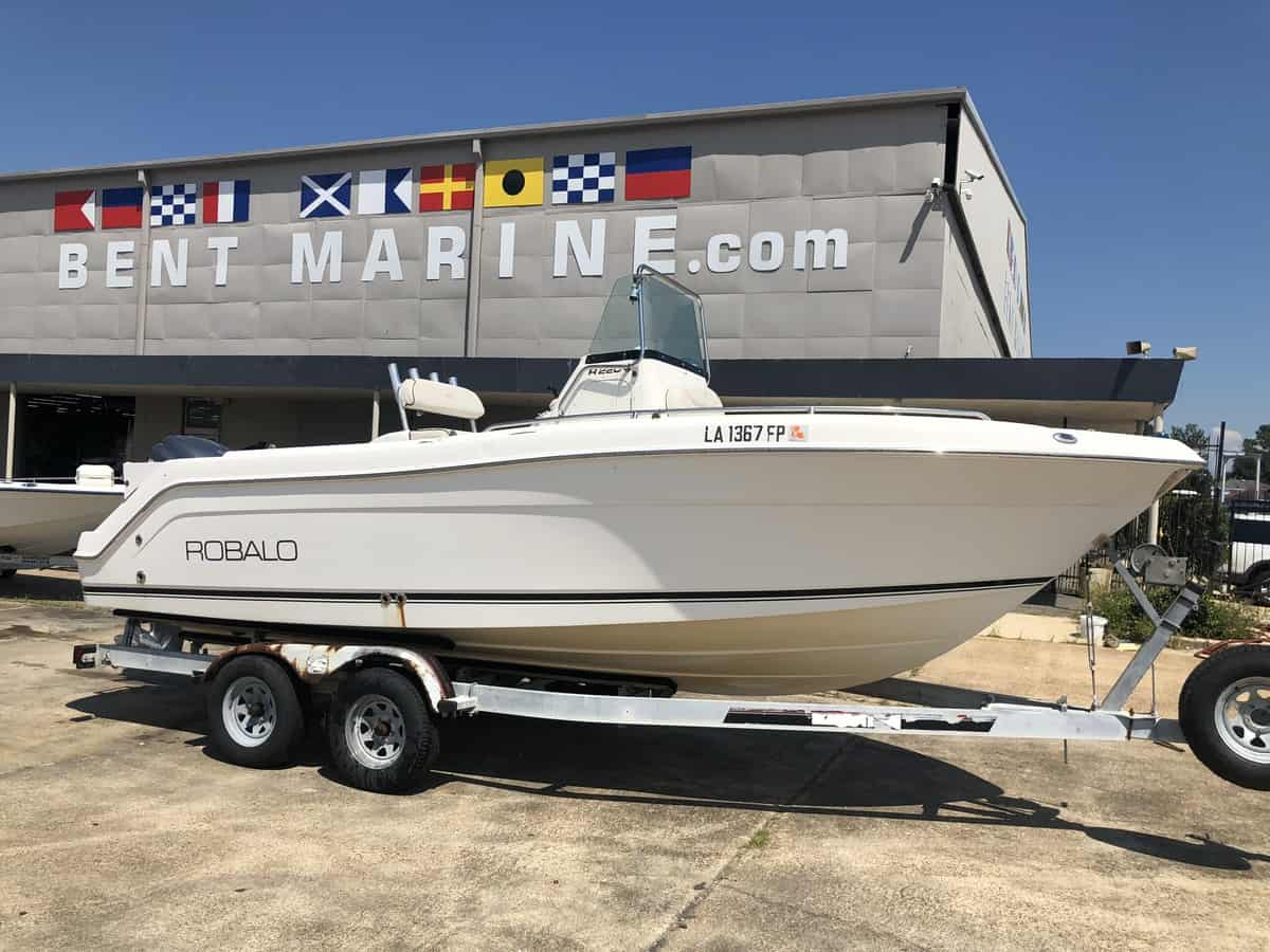 USED 2006 Robalo R220