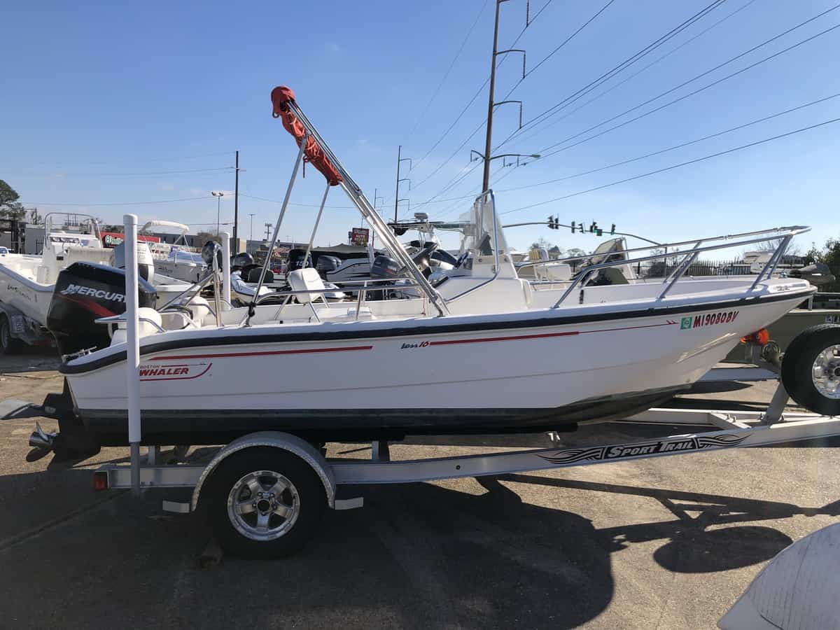 USED 2000 Boston Whaler Dauntless 160