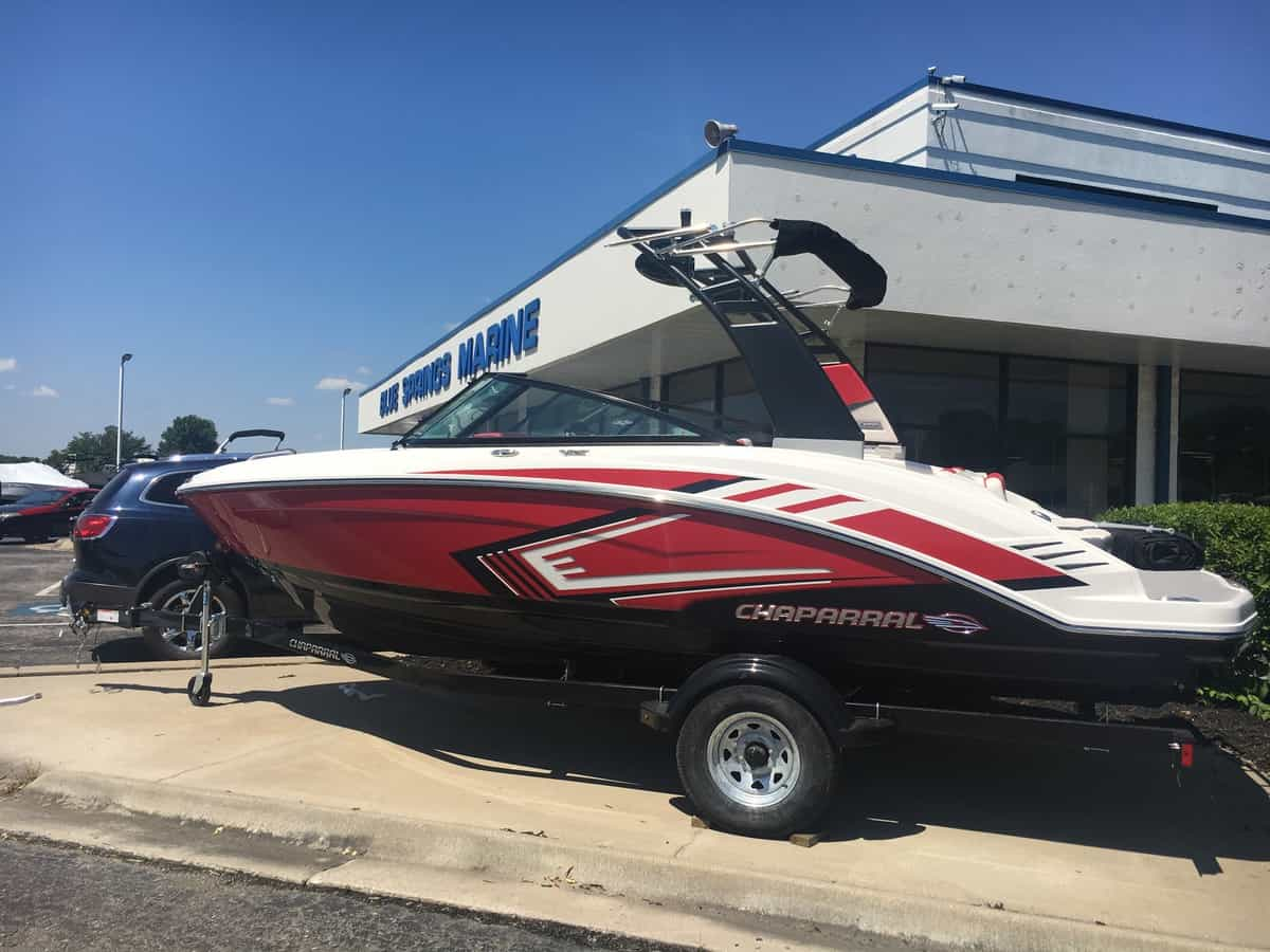 NEW 2019 CHAPARRAL 203 VRX RED