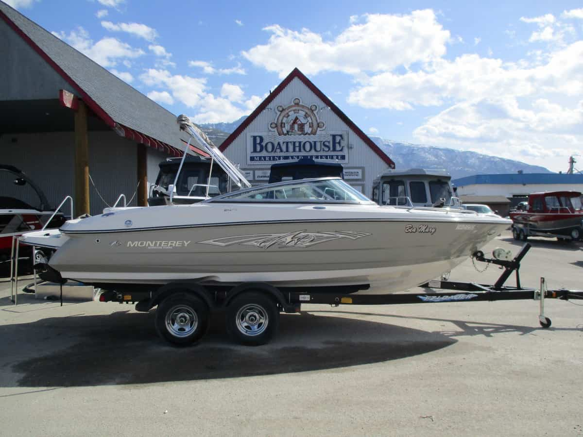 USED 2010 MONTEREY 214 FS - Boathouse Marine