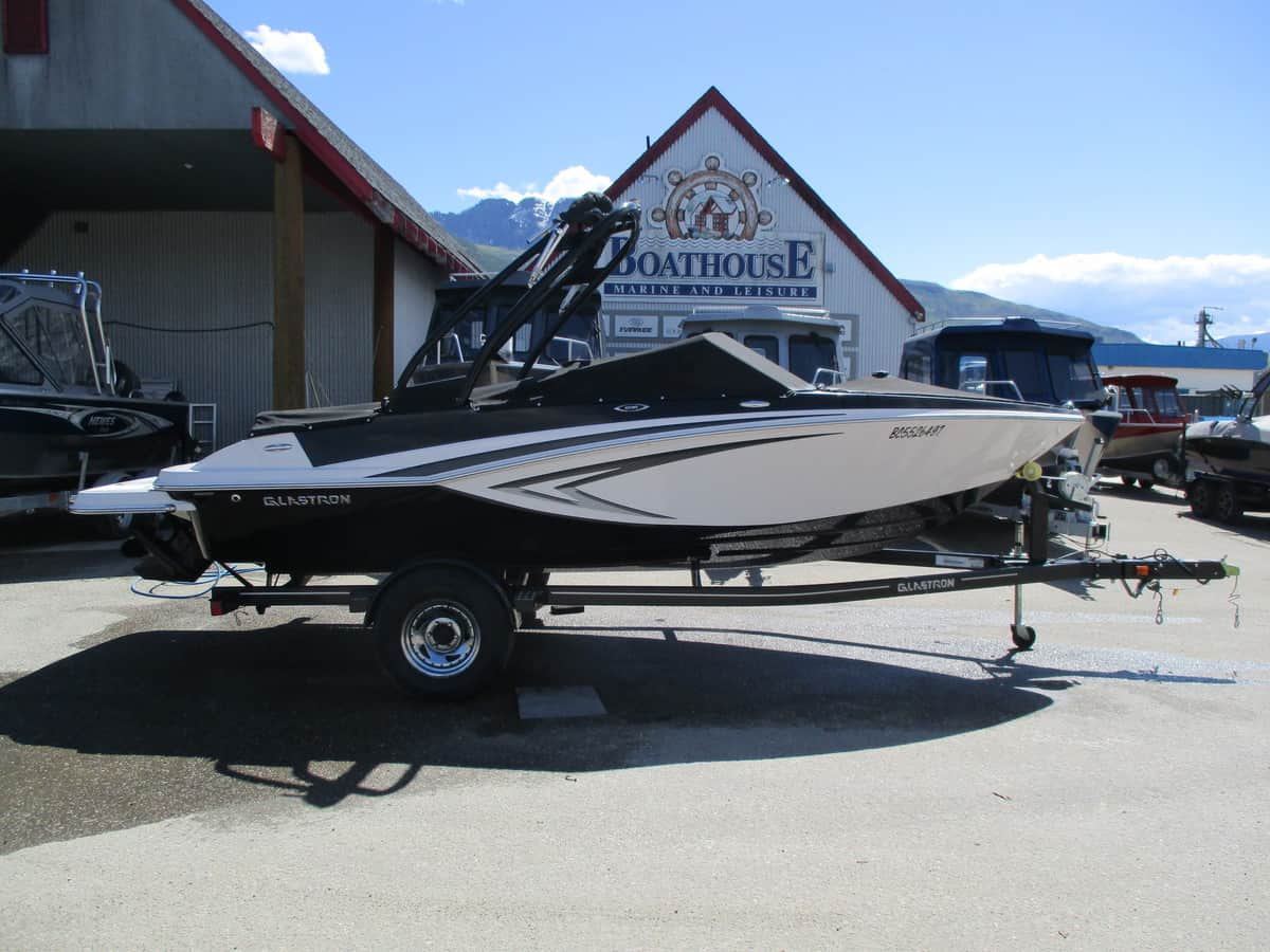 USED 2016 GLASTRON GT 185 - Boathouse Marine