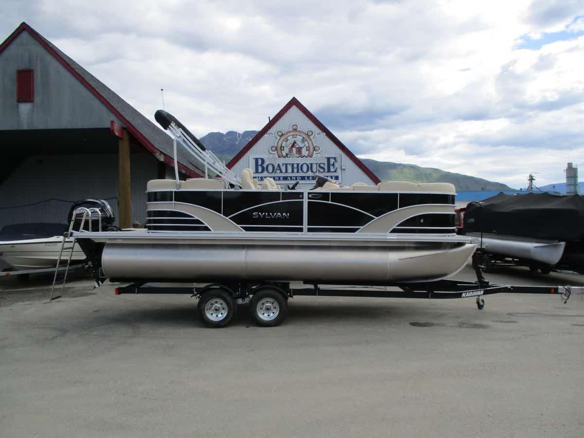 NEW 2018 SYLVAN 8520 LZ LE - Boathouse Marine