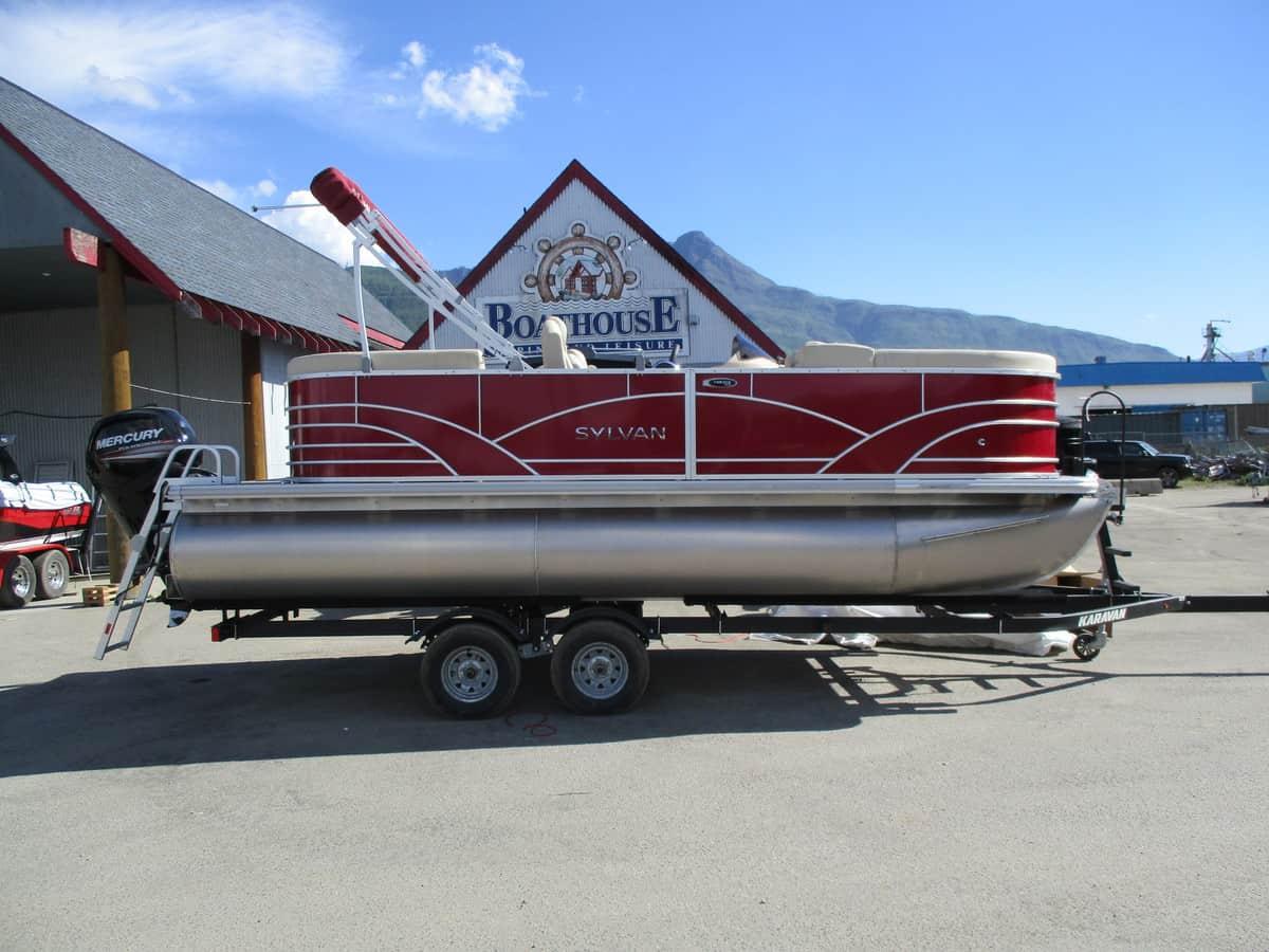 NEW 2018 SYLVAN 8520 LZ - Boathouse Marine