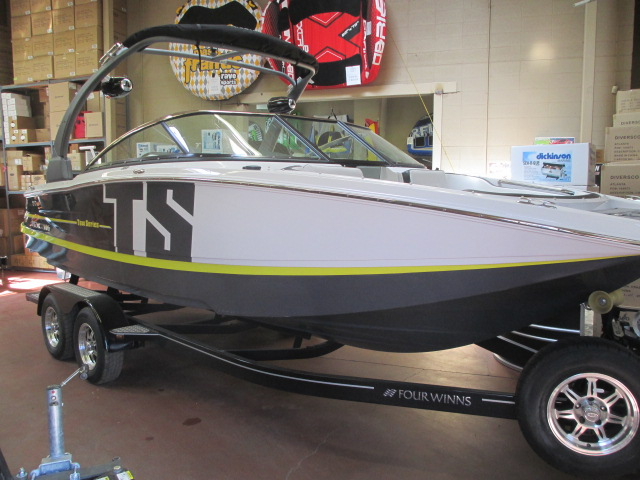 NEW 2017 FOUR WINNS TS 222 Demo - Boathouse Marine