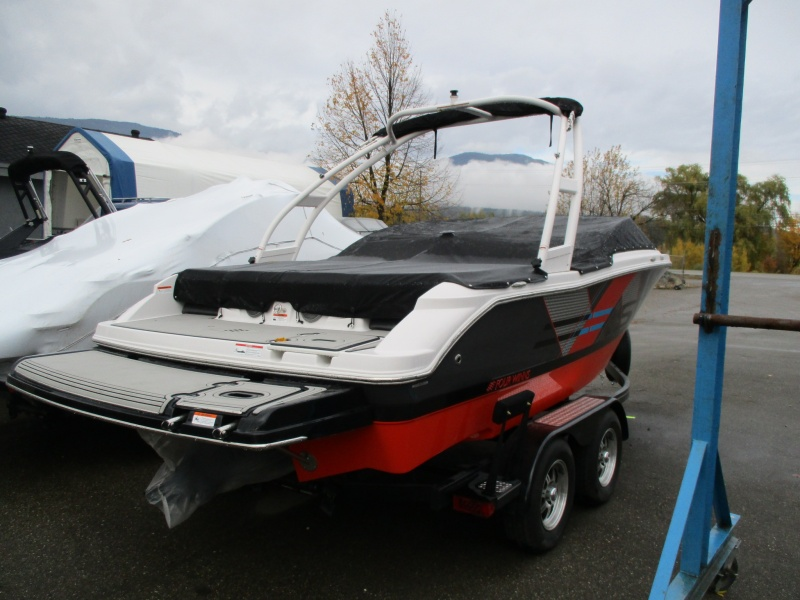 NEW 2018 FOUR WINNS H200 RS W/ 4.5L & TOWER - Boathouse Marine