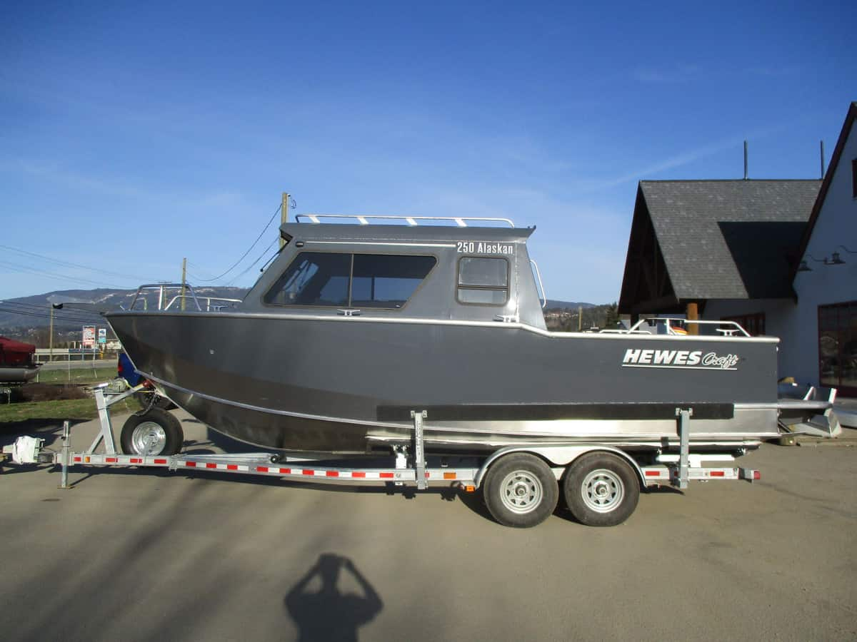 NEW 2019 HEWESCRAFT 250 ALASKAN - Boathouse Marine