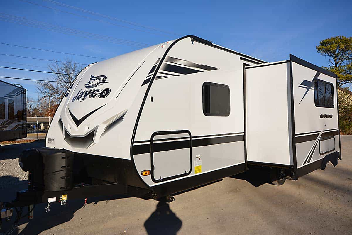 NEW 2021 Jayco Jay Feather 24 BH 24BH