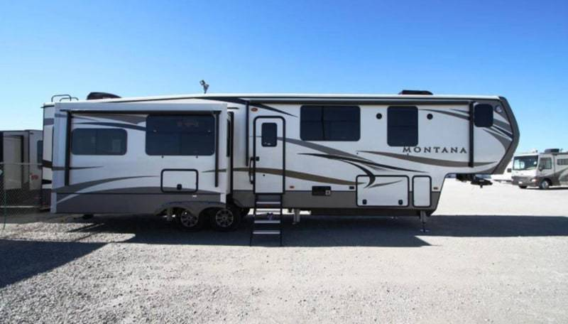 NEW 2017 Keystone MONTANA 3810 MS