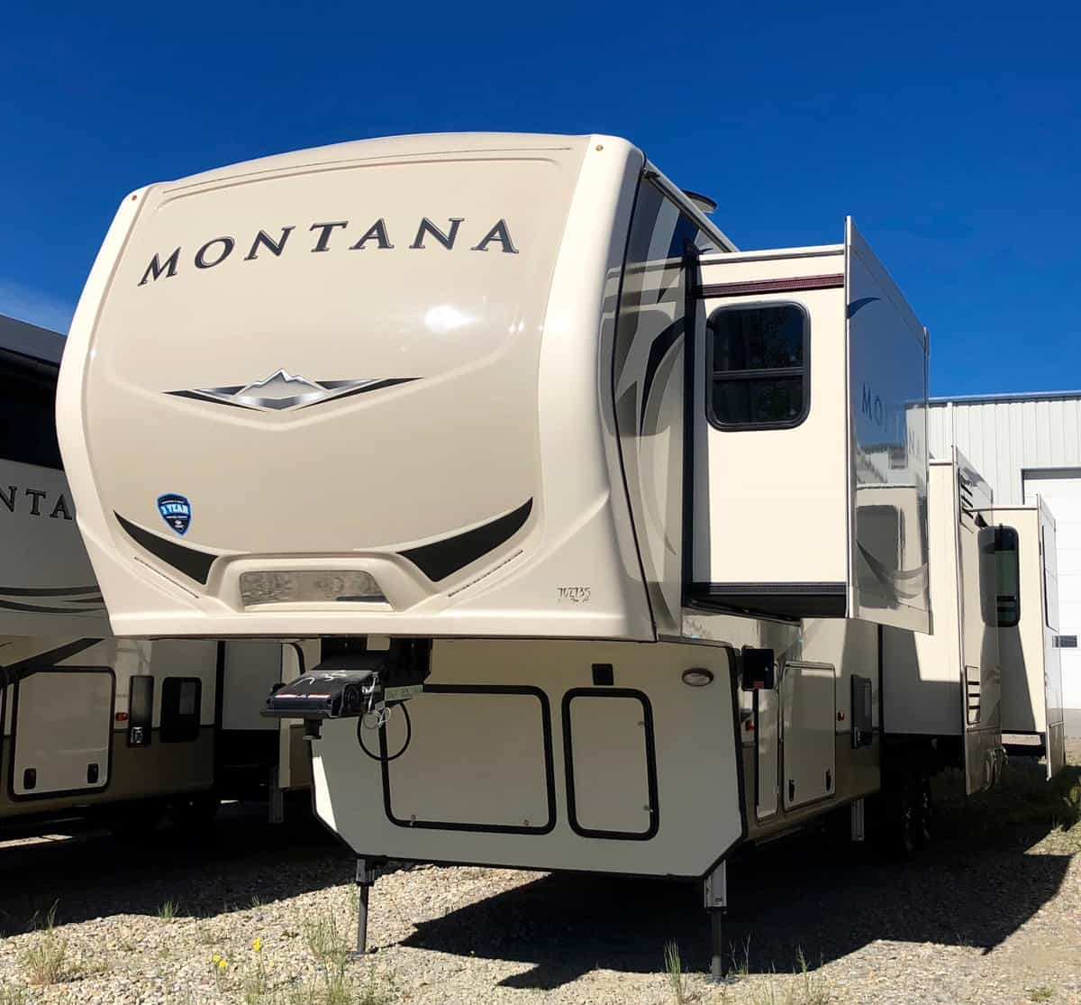 NEW 2018 Keystone MONTANA 3560 RL